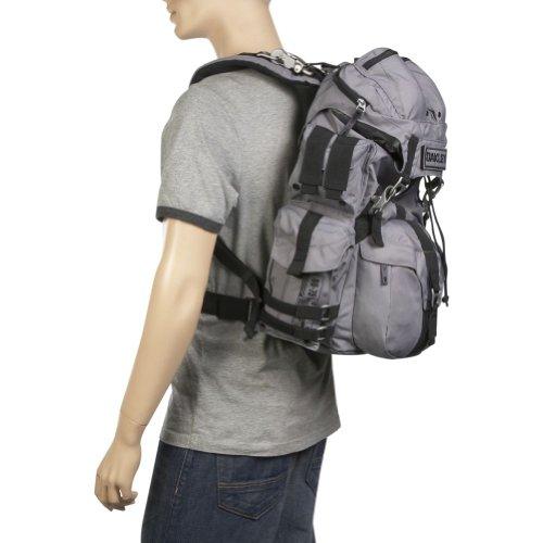 Oakley AP Pack 3.0 Schwarz