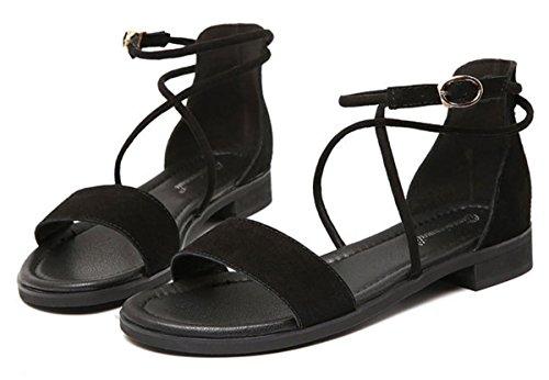 2017 Sandales à talons hauts en cuir féminin d'été féminin croix croisée en gros plan 40-43 verges sandales plates 1