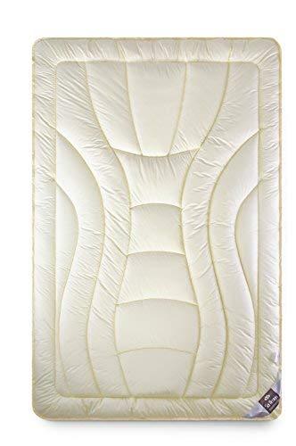 sei Design Wolle Duo-Bettdecke Premium Qualität mit feinste Schurwolle gefüllt – 135x200 extrawarm. Füllung besteht aus Zwei Lagen - Beste Wärmeisolation. Bezug - feiner Mako-Satin 100{6a87cda30d74bc9896d534beda82aa7c63193586615ac1c653301d18ae15b4de} Baumwolle