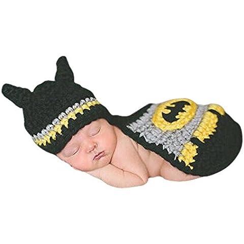 DAYAN bebé recién nacido del bebé del ganchillo del apoyo de la fotografía de punto hecho a mano del traje de Batman Cabo Sombrero