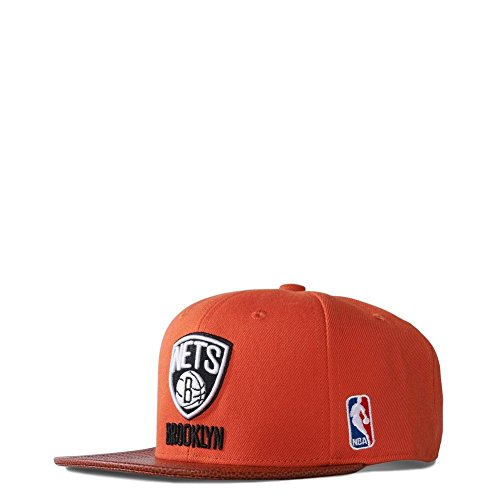 79bb5aeb306d4 adidas Herren Cap NBA Brooklyn Nets Basketball, Surf Red  S15-St/Black/White, One size, S20377
