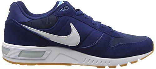 Nike Nightgazer, Scarpe da Corsa Uomo Blu (Coastal Blue/White/Bluecap)