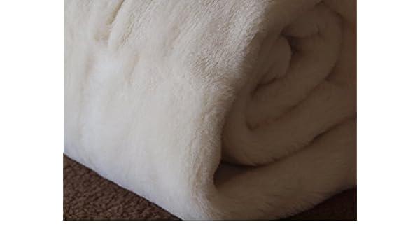 CACHEMIRE MERINO PLAID COUVERTURE EN PURE LAINE VIERGE MERINO CASHMERE  WOOLMARK (250x200cm)  Amazon.fr  Cuisine   Maison 494ca9c4bc6