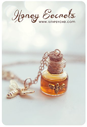 Collana bottiglia di miele. collana del flaconcino di miele. Pendente della bottiglia di vetro. miniatura collana, collana di ape, pozione bottiglia ciondolo regalo per lei