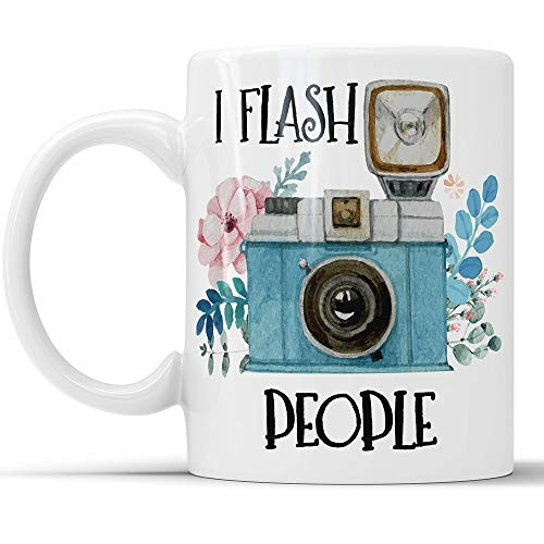 UUGOD I Flash People Mug - Funny Camera Photography Coffee Mug Perfect Novelty Gag Gift For Photographers Photography Lovers (11 oz)