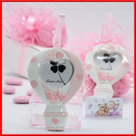 Appendino portafoto in resina colorata a forma di mongolfiera con fantasia a fasce bianche e rosa e pois lilla,decorati con scritta
