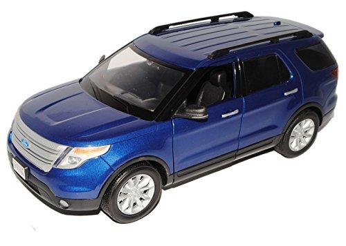 ford-explorer-xlt-blau-5-generation-ab-2010-1-18-motormax-modell-auto