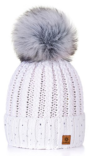 4sold Damen Wurm Winter Style Beanie Strickmütze Mütze mit Fellbommel Bommelmütze Hat Ski Snowboard Pelz Bommel Pompon Kreis Kleine Kristalle Crystals (Weiß)
