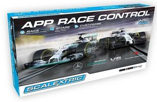 scalextric-scalextric-arc-one-mercedes-amg-petronas-f1-vs-mclaren-mercedes-f1-set
