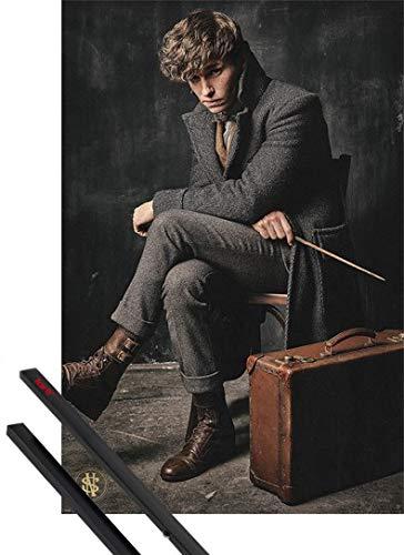 1art1® Póster + Soporte: Animales Fantásticos: Los Crímenes De Grindelwald Póster (91x61 cm) Newt Scamander Y 1 Lote De 2 Varillas Negras