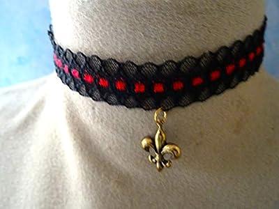 collier dentelle, ras du cou, noir et rouge fleur de lys