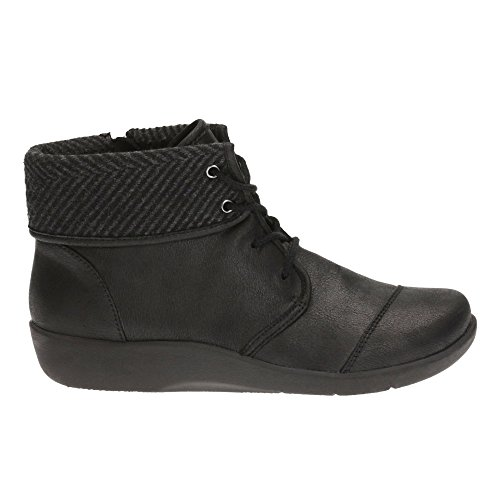 Clarks Women's Cloud Steppers Lace-Up Flats Ankle Boots Sillian Frey Black