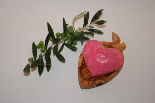 Portasapone in legno di ulivo a forma di oliva e sapone fatto a mano, grande cuore