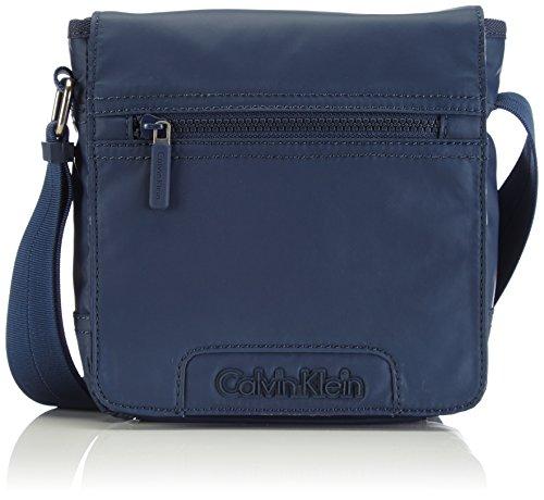 Calvin Klein Jeans Metro Reporter With Flap, Sacs bandoulière