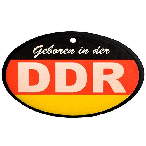Lufterfrischer DDR schwarz rot gold in Duftnote Wald ++ DAS Ostprodukte Geschenk – DDR Traditionsprodukt und Ossi Kultprodukt – Geschenkidee für alle Ostalgiker aus Ostdeutschland vom Ostprodukte Experten – Ostpaket mit DDR Klassiker – Ideal für jedes DDR Geschenkset ++ GRATIS: Zu jeder Lieferung erhalten Sie immer genau die hier angezeigte DDR Geschenkkarte (copyright Ostprodukte-Versand) !! ++ (Mit Schürze Gold Rote)