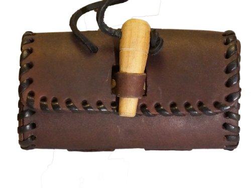 Gürteltasche mit Holzverschluss - Antik