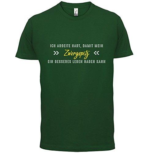Ich arbeite hart, damit mein Zwergspitz ein besseres Leben haben kann - Herren T-Shirt - 12 Farben Flaschengrün
