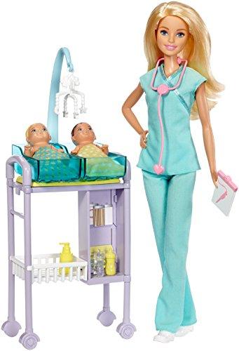 Barbie - playset pediatra con bambola, accessori a tema, il set per le visite e due piccoli pazienti,, dvg10