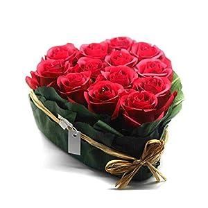 großes Herz mit 13 Rosen gebunden Deko Hochzeit Liebe