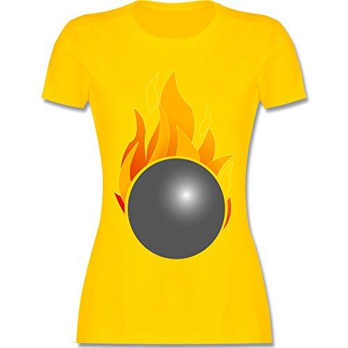 Bowling & Kegeln - Kegeln Kugel Flammen bunt - tailliertes Premium T-Shirt mit Rundhalsausschnitt für Damen Gelb