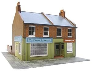 Superquick 1:72 Redbrick Terrace Corner with Shops - Low Relief Card Kit C7