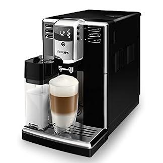 Philips-EP536010-Kaffeevollautomat-18L-integrierte-Milchkaraffe-5-Kaffeespezialitten-klavierlack-schwarz