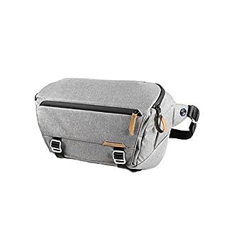 Peak Design Everyday Sling 10L Ash Fototasche für DSLR- und DSLM-Kameras - Auch Perfekt als Umhängetasche für Den Alltag (Hellgrau)