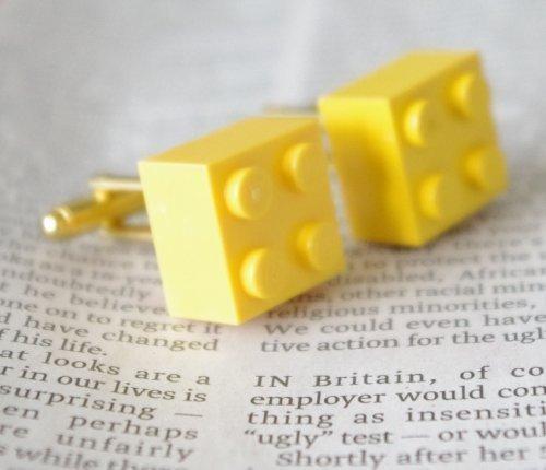 Gemelos con pieza de lego amarilla, idea original para regalo, kitsch, emo, punk