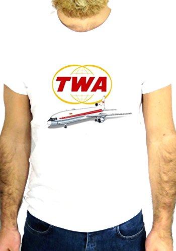 t-shirt-de-katrina-hawkins-collection-johnny-sobre-fondo-de-color-blanco-parte-inferior-de-agua-con-