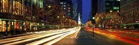 Panoramic Images – Blurred Motion Cars Michigan Avenue Christmas Lights Chicago Illinois USA Photo Print (45,72 x 15,24 cm)