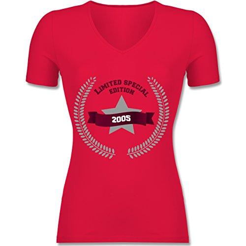 Geburtstag - 2005 Limited Special Edition - Tailliertes T-Shirt mit V- Ausschnitt für