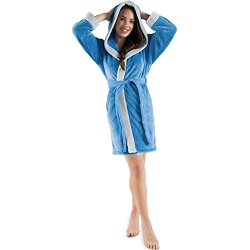 CelinaTex Damen Bademantel mit Kapuze, Flauschiger Sherpa-Fleece, kurzer Saunamantel für Wellness Spa, 5000613, Trend Morgenmantel Serie Kos XS blau grau