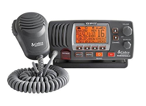 VHF Cobra F77 avec GPS intégré
