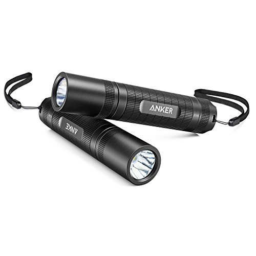 Anker LC40 2-Pack LED Taschenlampe, Superhell 400 Lumen Cree LED, IP65 Wasserfest, 3 Einstellungen Hell/Niedrig/Blinkfunktion für Campen, Wandern, Fahrradfahren und Notfälle