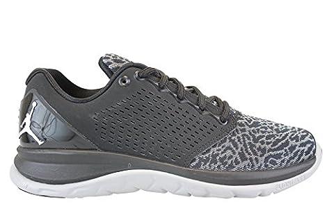 Nike Herren Jordan Trainer ST Turnschuhe, Schwarz / Weiß / Grau (Schwarz / Weiß-Wolf Grau-Grau-Cl), 45