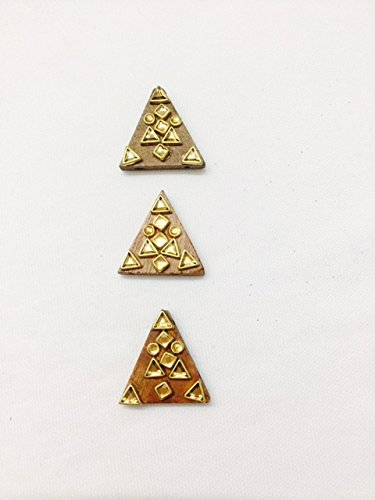 3 Pieces of wood colour triangle shaped Wood buttons with beads and...