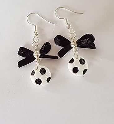 boucles d oreille foot ballon de football noir et blanc avec noeud satin noir chic