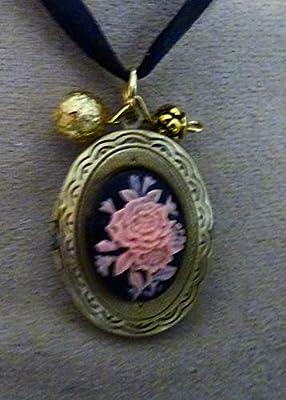 médaillon porte photo rose ancienne