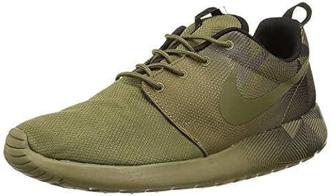 Nike - ROSHE RUN ONE - Runner - Low Top Sneaker - Grün