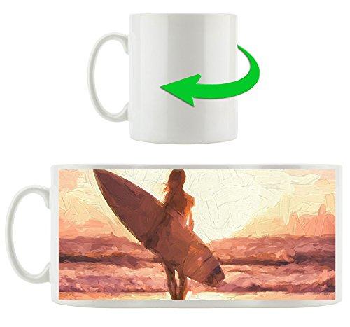 Surferin vor Sonnenuntergang Kunst Pinsel Effekt, Motivtasse aus weißem Keramik 300ml, Tolle Geschenkidee zu jedem Anlass. Ihr neuer Lieblingsbecher für Kaffe, Tee und Heißgetränke (Bikini Pause)