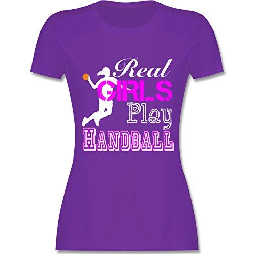 Handball - Real Girls Play Handball weiß - tailliertes Premium T-Shirt mit Rundhalsausschnitt für Damen Lila