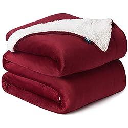 Bedsure Plaid Couverture Polaire Sherpa Rouge 220x240cm - Couverture de Lit Réversible Double Face Douce et Chaude Plaid Jeté de Canapé Flanelle