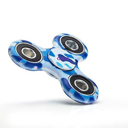 *Fidget Spinner – OKCS – Spielzeug Tri Spinner Stresslöser Konzentration Rundes Design – Camo Blau*