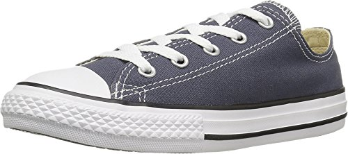 Chuck Taylor All Star Seasonal Ox Fashion Sneaker Shoe, Sharkskin, 1 ()