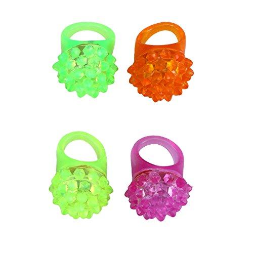D Leuchten Blink Ringe Erdbeere Form für Weihnachtsfeier Liefert Spielzeug Kinder Geburtstag Party Favors (Zufällige Farbe) ()