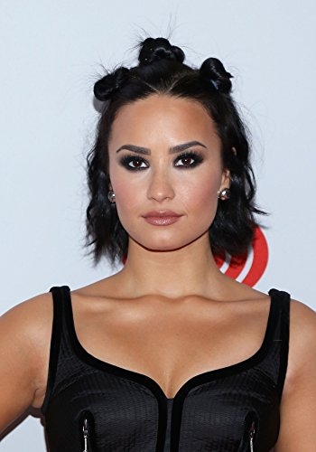 demi-lovato-in-attendance-for-iheartradio-music-festival-village-2015-fri-photo-print-4064-x-5080-cm