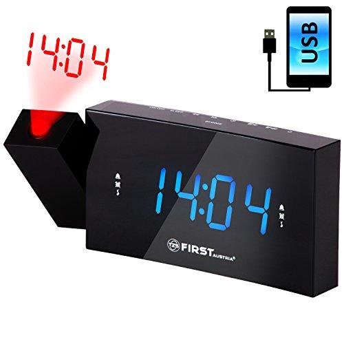 Radio-réveil avec projecteur et port USB | très grands chiffres bleus | écran à LED 1,2 pouce réglable ou qui peut être désactivé | mémorisation de 10 stations | sélection flexible des jours |