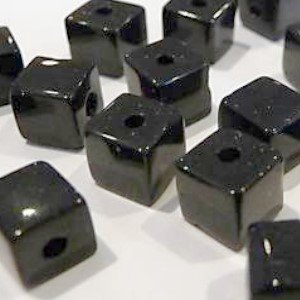 50-pieces-8mm-clipped-cube-style-value-crystal-glass-beads-black-a3075-by-k2-accessories-crystal-bea