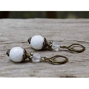 Vintage Ohrringe mit böhmischen Glasperlen - weiß, klar matt & bronze - Brautschmuck, Brautohrringe, Braut Schmuck, Ohrhänger/Hochzeit