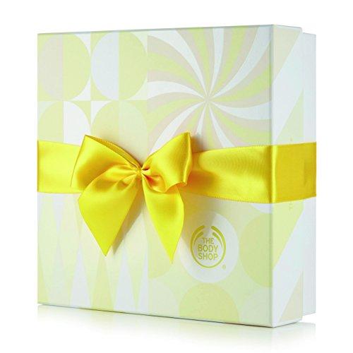 Die Body Shop Classic Duschpeeling Hautpflege Geschenkset Mandel Milch & Honig/The Body Shop Classic Shower Scrub Skincare Gift Set Almond Milk & Honey